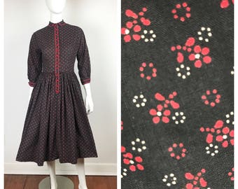 Vintage 1950s Dress / 50s Red and Black Lanz Floral Print Dress / S
