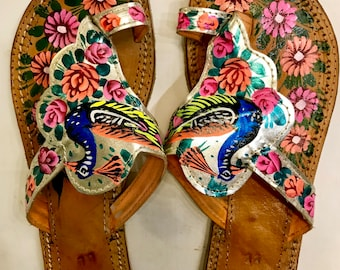 Hand Painted & Crafted Truck Art Leather slipper