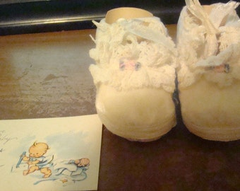 Vintage Cute Baby Booties Size 1