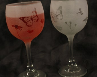 Beautiful Garden Red Wine Glasses Set of 2