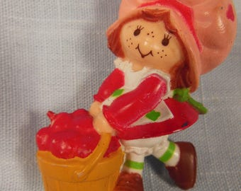 Vintage Strawberry Shortcake Miniature-With A Basket Of Strawberries
