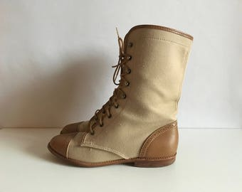 Vintage Shoes Women's 80's Tan, Safari, Lace Up Boots by White Mountain (Size 5)