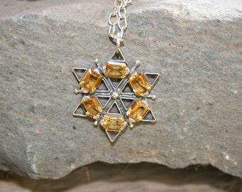 Here Comes The Sun, Silver Pendant, Citrin Star Pendant, Citrin Necklace,Silver Necklace, Yellow Stones Star Pendant, Citrin Jewelry