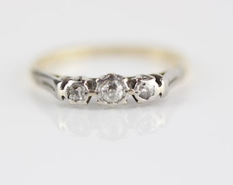 Trilogy 3 Diamond and Platinum Yellow Metal Ladies Ring Size UK L 1/2  and US 6 Stamped 18ct