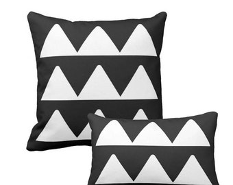 Geometric pillow, Abstract pillow, Black White pillow, Triangles pillow, Minimalist pillow, Nordic pillow Modern pillow, Scandinavian pillow