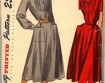 1940's UNCUT One Piece Front Buttoned Fitted Bodice Dress Vintage Sewing Pattern Simplicity 2285 Bust 30 RF0009