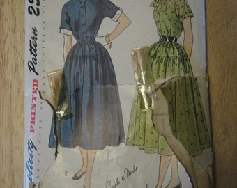 Simplicity Pattern 3188 Day Dress Vintage 1950 Size 18 Bust 36