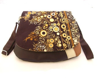 crossbody bag brown and beige bubbles flap , shoulder bag brown faux leather and effervescence fabric , crossbody purse dotted flap