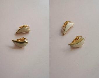 80s Triangle shape earrings - White enamel Vintage Earrings - 80s Jewelry