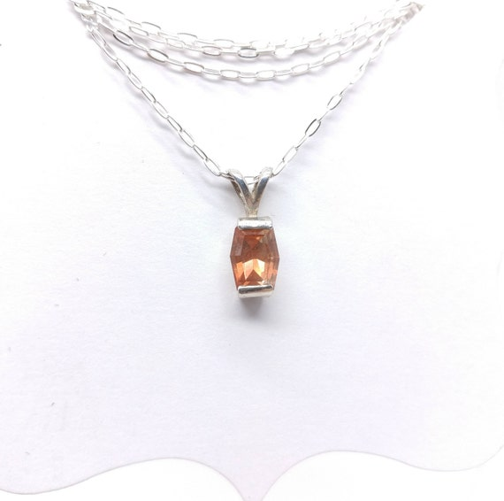 "Red Oregon Sunstone Pendant | Sterling Silver Pendant & 18"" Chain 