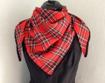 Tartan plaid check triangle pom pom trim scarf