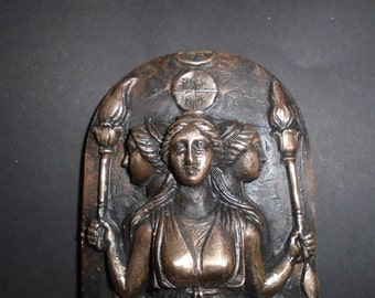 Hecate Goddess/ Bronze Metal/ Hekate Statue/ Hekate Altar/ Bronze Art/ Hekate Covenant