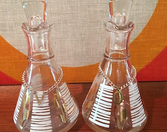 Vintage Anchor Hocking Glass Oil and Vinegar Cruets, Mid Century Modern Gay Fad Design, Pair of Glass Oil and Vinegar Pouring Containers