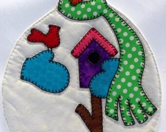 Snowman Mug Rug with a Green Dot Scarf