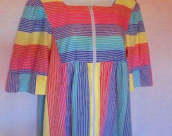 SAYBURY Colorful House Dress/vintage saybury clothing/saybury/vintage house dress/vitnage colorful dress/online vintage shop/retrostreetshop