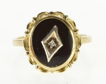 10k Oval Black Onyx Diamond Overlay Scalloped Ring Gold