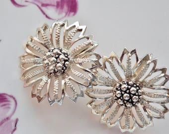 Vintage 1960's Sarah Coventry Clip On Earrings