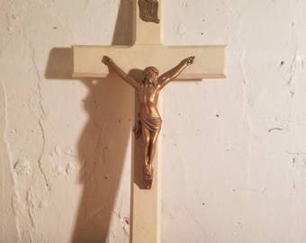 vintage wood and metal crucifix. 15in jesus on the cross