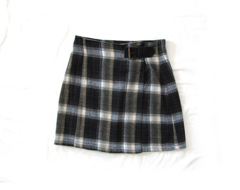 vintage skirt 90s grunge clothing plaid 1990s schoolgirl buckle womens size s small