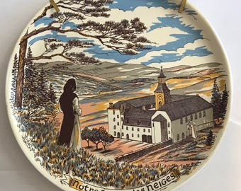 Decorative plate Notre Dame of the snow