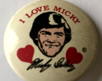 Hey Hey its the MONKEES! Micky Dolenz pinback button