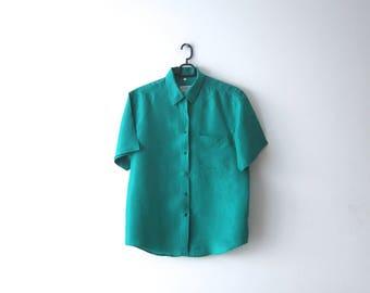 Vintage Women's Silk Shirt Emerald Green Short Sleeve Button Up Shirt Medium Size Silk Blouse Classic Women's Shirt Comfortable Silk shirt