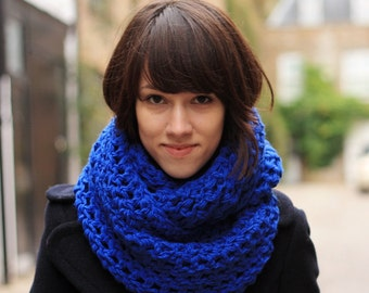 Royal Blue Circle Scarf Infinity Scarf Chunky Snood Scarf Circle Scarf for Spring Fall Winter