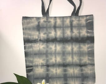 Reusable tie died shopping bag