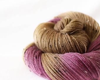 Figgy Pudding - House Wren - 85/15 superwash merino/ nylon tweed sock yarn