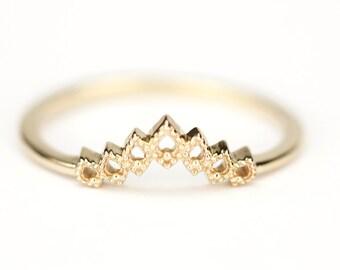 Wedding Band, Curved Wedding Band, Curved Band, Gold Wedding Band, Crown Wedding Ring, Gold Curved Band, Wedding Ring Set, laces Band