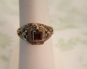 Vintage Poison Ring, Pill Ring Secret Compartment Ring with Garnet Stone ~ 925 Sterling Silver ~ Size 5.5