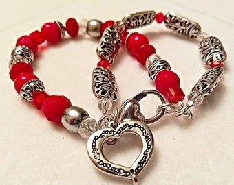 Love You Heart Bracelet, Valentine's Bracelet, Fashion Jewelry, Women's Accessory, Hearts, Love, Beaded Bracelet, Handmade Gift.