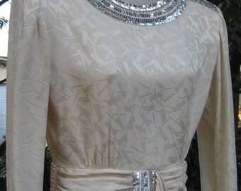 size 6 SILK Cleopatra Collar Petite vintage white Silk silver peplum sequined dress, sequin dress, beaded dress, adult ladies Small dress