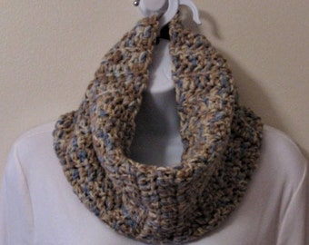 Womens Crochet Cowl, Chunky Cowl, Infinity Scarf, Crochet Neck Warmer, Chunky Neck Warmer, Womens Cowl, Crochet Scarf, Blue Crochet Cowl