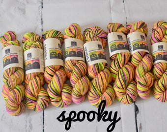 Hand dyed self-striping Halloween colourway - Spooky