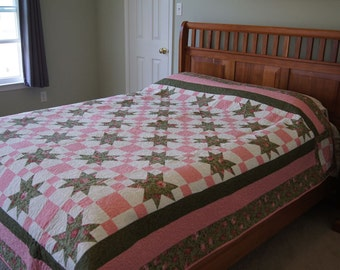 Stars and Squares – DOUBLE or QUEEN QUILT – Pink, Green and White