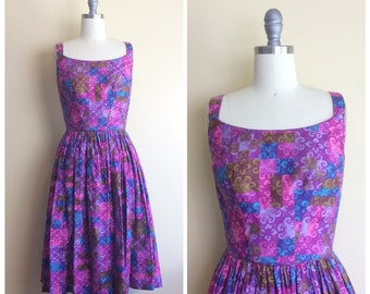 1960s / 1950s Vintage Abstract Print Pink Sundress / 60s / 50s / Purple Fit and Flared Day Dress / Small