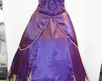 Sofia the First (less beads). Animator-actor suit