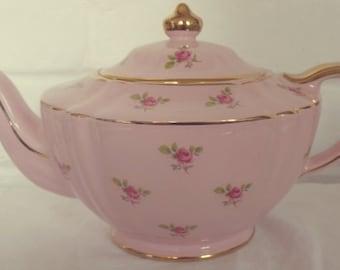 Very Pretty Vintage Sadler English Bone China Baby Pink Rosebud Floral Teapot,  afternoon tea, vintage tea set