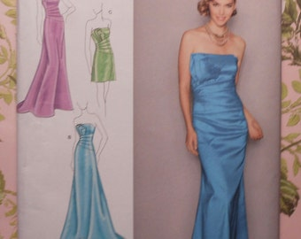 Formal  Gown Sewing Pattern UNCUT Simplicity 2252 Sizes 12-20 Jessica McClintock