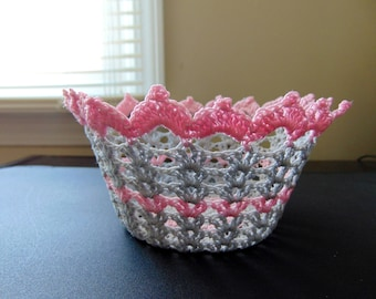 Mini basket--in gray and light pink