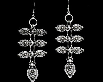 Antique Silver Plated Pewter Jewelry Earrings KU79