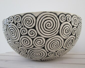 large ceramic bowl, irregular big bowl, pottery handmade, modern bowl, bowl on fruits, decorative bowl, minimalistic bowl, unique ceramic