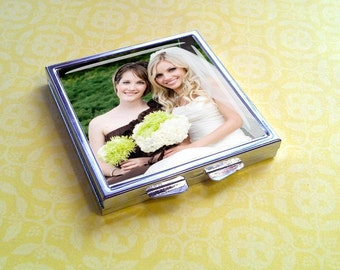 Bridesmaids Wedding Gift - Custom Mirror Compact