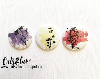 "3 badges 1 ""wild flowers"
