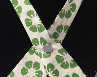 Criss Cross Tie Clover