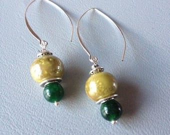 Green Stud Earrings made of ceramic and semi-precious stones, creating Leamorphoses
