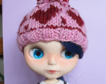Pink Blythe hat with red hearts