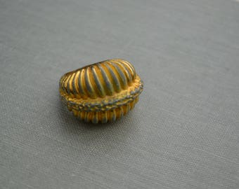 Vintage Gold Retro Bulky Ring