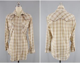 1970s Vintage Western Shirt / Women's Western Wear / Levis Western Shirt / Rockabilly Shirt / Tan Plaid / Pearl Snap / Scalloped / Size XS